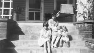 Doris Myers, Louise Steel (holding June Myers) Janet Myers. 1931 at their house on Factory Street.